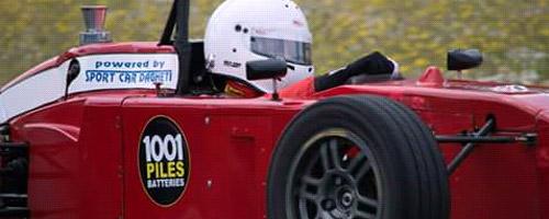 Gara automobilistica sponsorizzata da 1001 Baterie Pile